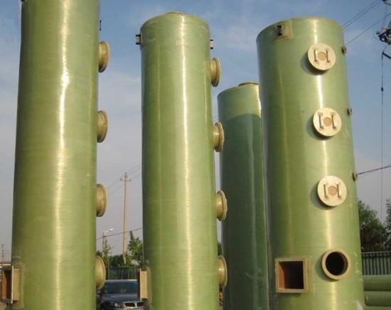 图为喷淋塔废气处理设备半成品