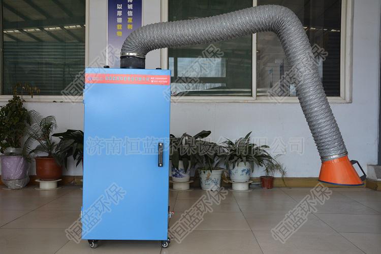 焊接烟雾净化器多少钱合适呢,车间放置的产品让您自己观看。