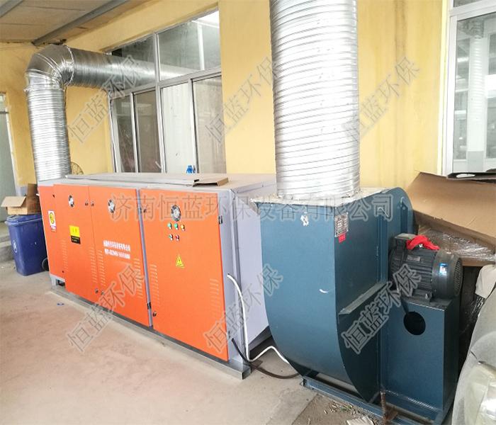 塑料挤出过程废气的处理采用的是哪种设备
